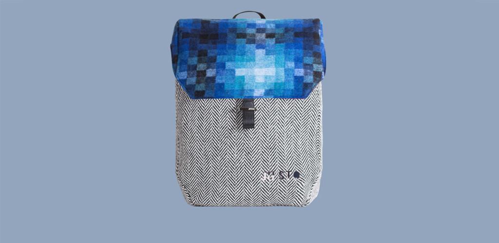 J-BACK-zaino-pixel-blu-by-JUSTO