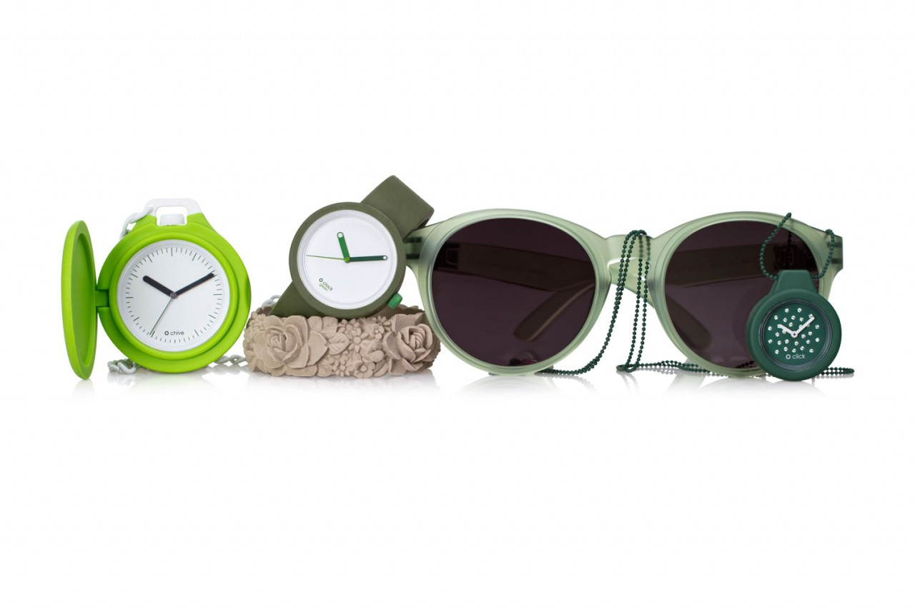 O-clock-colored-hands-green-O-chive-sunglasses-O-click-1
